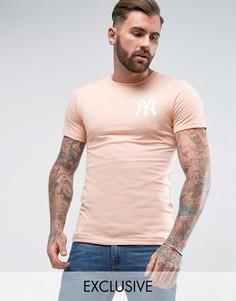Длинная обтягивающая футболка Majestic Yankees эксклюзивно для ASOS - Розовый