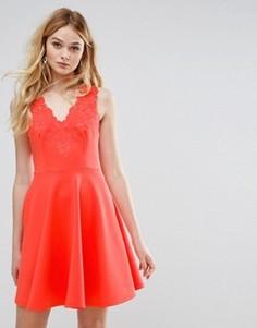 Платье с халтером и глубоким V-образным вырезом Ted Baker - Красный