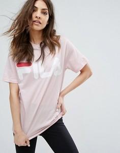 Свободная футболка бойфренда с большим логотипом Fila - Розовый