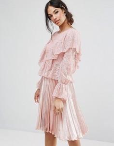 Кружевная блузка с оборками Missguided - Розовый
