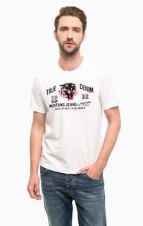 Белая футболка с фактурным принтом Mustang