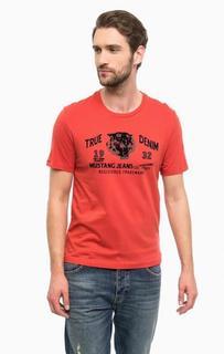 Красная футболка с фактурным принтом Mustang