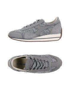 Низкие кеды и кроссовки Diadora