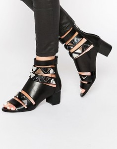 Cандалии на каблуке с ремешками Eeight Tabitha - Черный