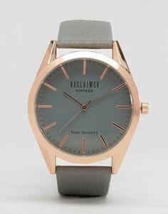 Часы с серым кожаным ремешком и серым циферблатом Reclaimed Vintage Inspired - Серый