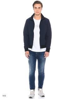 Куртки Calvin Klein