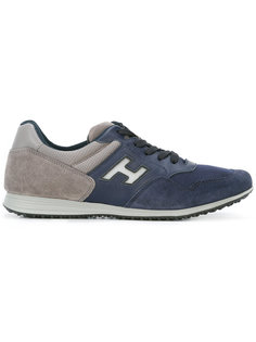 кроссовки с фирменными нашивками Hogan
