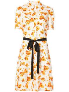 платье с бабочками и контрастным поясом Carolina Herrera