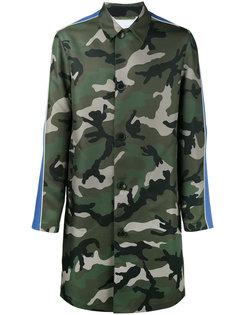 камуфляжное пальто Valentino