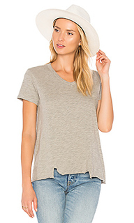 Shifted seamed pocket tee - Wilt