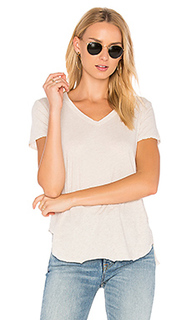 V-neck baby slit shirttail tee - Wilt