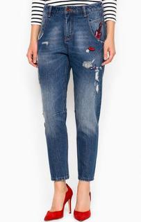 Синие джинсы с декоративными нашивками Miss Sixty