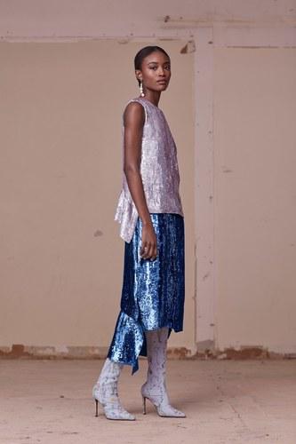 Шелковая юбка в пайетках