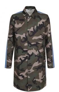 Однобортное пальто прямого кроя с камуфляжным принтом и контрастной отделкой Valentino