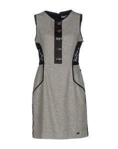 Короткое платье GIL Santucci