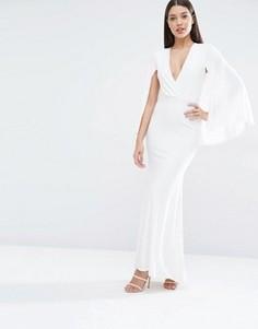 Платье макси с глубоким вырезом и накидкой Club L - Кремовый