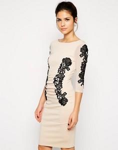 Облегающее платье с кружевной вставкой Lipsy - Кремовый