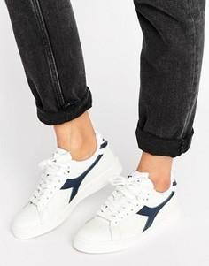 Белые низкие кроссовки с темно-синей отделкой Diadora Game - Белый