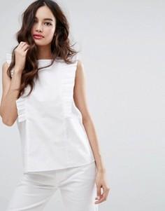 Блузка с высоким вырезом и оборками Fashion Union - Белый