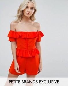 Ромпер со спущенными плечами и оборками Fashion Union Petite - Красный
