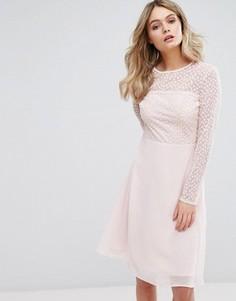 Платье миди с вышивкой Elise Ryan - Розовый