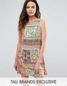 Цельнокройное платье без рукавов с лоскутным принтом Glamorous - Мульти