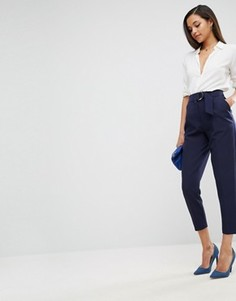 Широкие брюки со складками и D-образными кольцами ASOS Tailored - Темно-синий