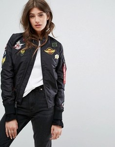 Бомбер в стиле MA-1 с нашивками Alpha Industries TT - Черный