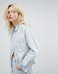 Джинсовая рубашка свободного кроя с разрезами на плечах Cheap Monday - Синий