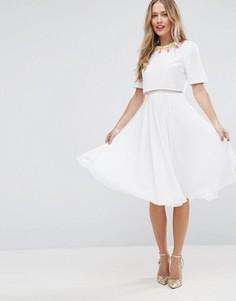 Приталенное платье миди с кроп-топом и 3D-отделкой ASOS - Мульти
