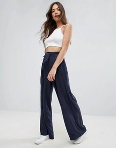 Свободные брюки с поясом Vero Moda - Мульти