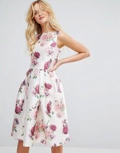 Атласное платье миди с цветочным принтом Chi Chi London - Мульти