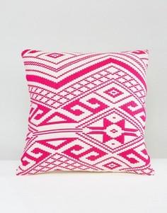 Чехол на подушку с вышивкой Ashiana - Розовый