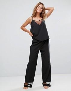 Пижамный комплект с топом и брюками Bluebella Caitlin - Черный