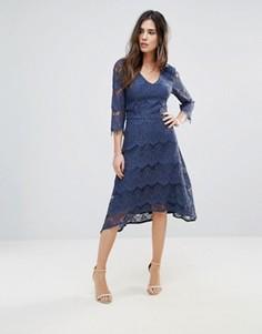Кружевное платье миди Soaked In Luxury - Синий