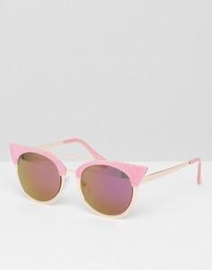 Солнцезащитные очки кошачий глаз с розовой бархатной отделкой Skinnydip - Розовый