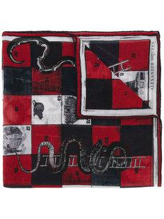 платок в принт змей и лестниц Alexander McQueen