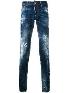 джинсы с эффектом разбрызганной краски Dsquared2