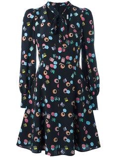 платье с принтом лакричных конфет  Marc Jacobs