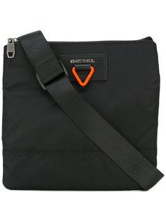сумка-почтальонка с оранжевой пряжкой Diesel