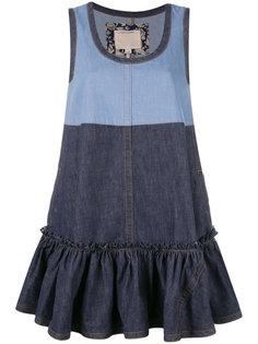 джинсовое расклешенное платье Marc Jacobs
