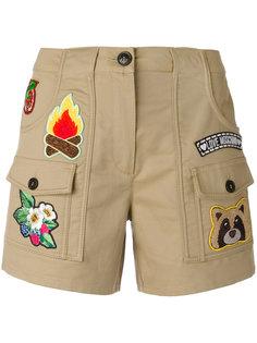 шорты с карманами и нашивками Love Moschino
