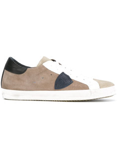 side logo trainers Philippe Model