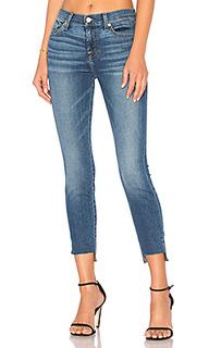 Укороченные узкие джинсы с потрёпанным низом - 7 For All Mankind