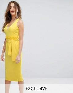 Платье миди с присборенной отделкой на талии Lavish Alice - Желтый