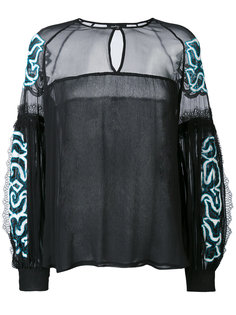 блузка с вышивкой Wandering