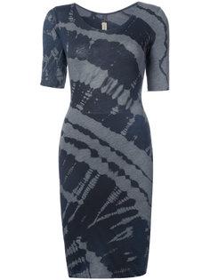 приталенное платье с размытым принтом Raquel Allegra