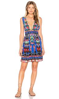 Короткое платье с v-образным вырезом - Camilla