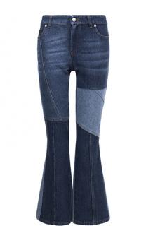 Расклешенные джинсы с контрастными вставками Alexander McQueen
