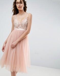Тюлевое платье миди с вышивкой Needle and Thread - Розовый
